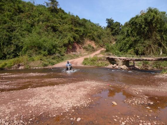Durch den Laotischen Dschungel